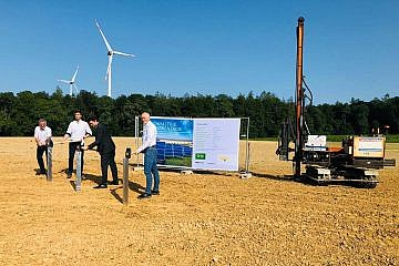 Baubeginn des Solarparks im Hardthäuser Wald