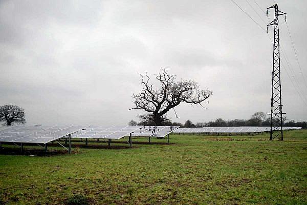 Solar park Upper Huntingford (GB)