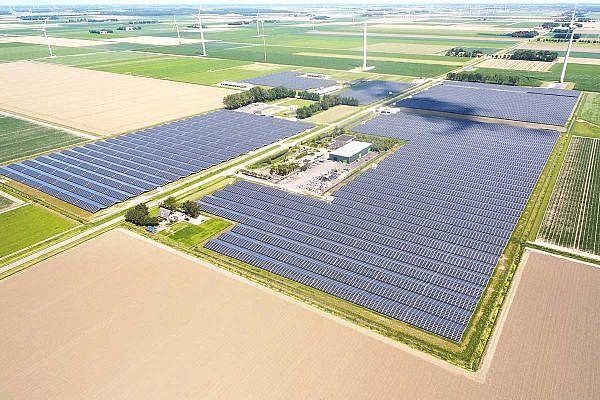 Solar park Lelystad I + II (NL)