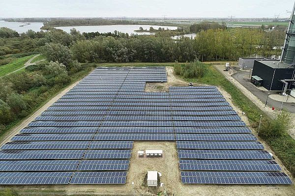 Solar park Diemen (NL)